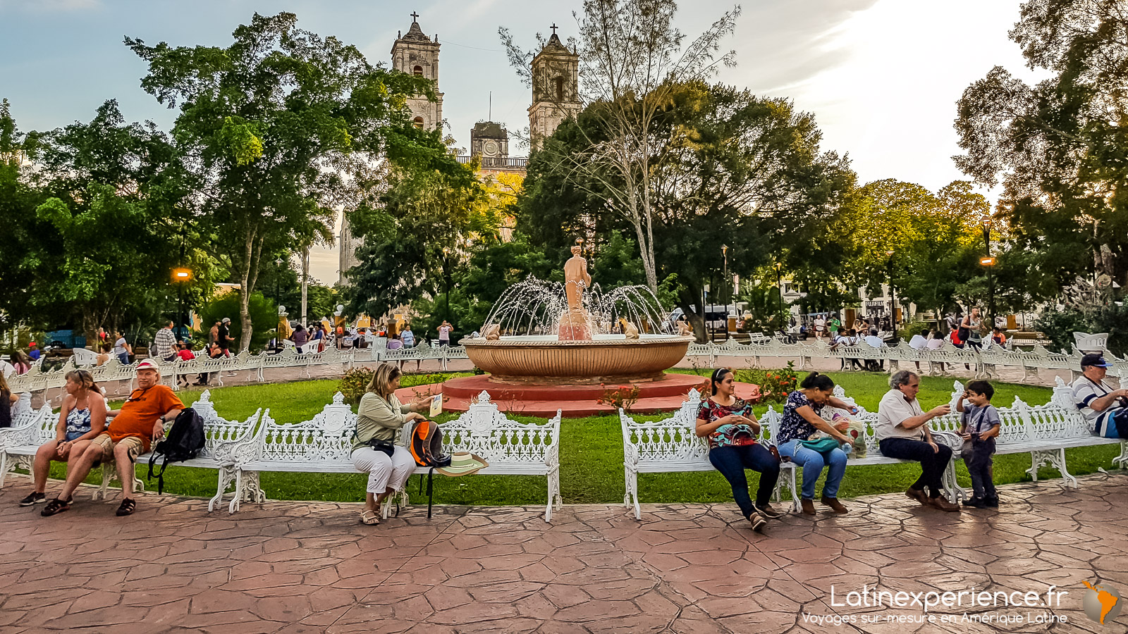Mexique - Valladolid - Place centrale 2- Latinexperience voyages