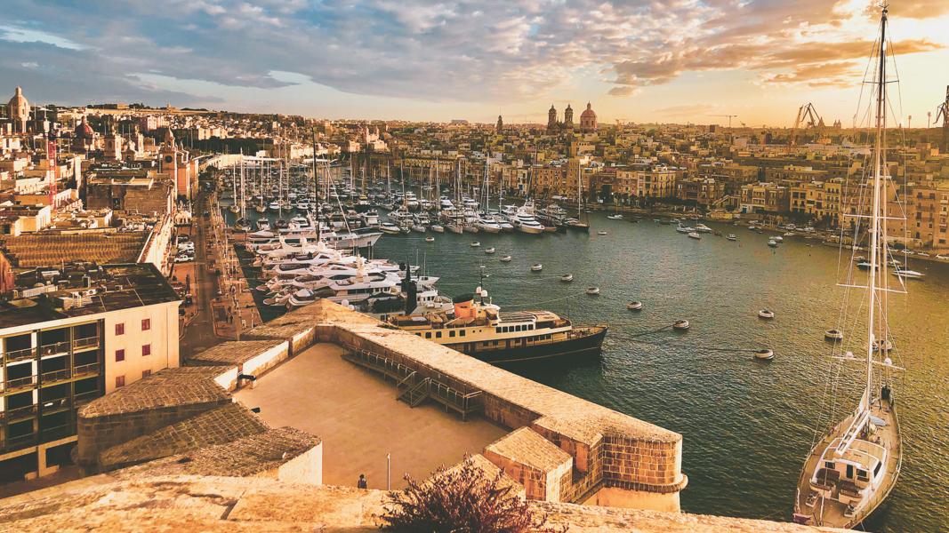 Slow-Tourisme-en-voilier-Birgu-Latinexperience-voyage